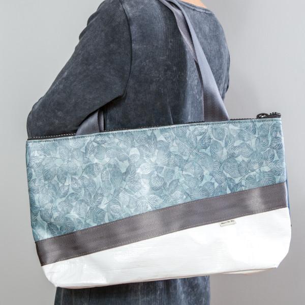 Shopper Chamäleon Blätter/blau M