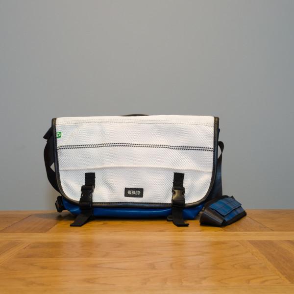 Tasche Correo weiß/blau
