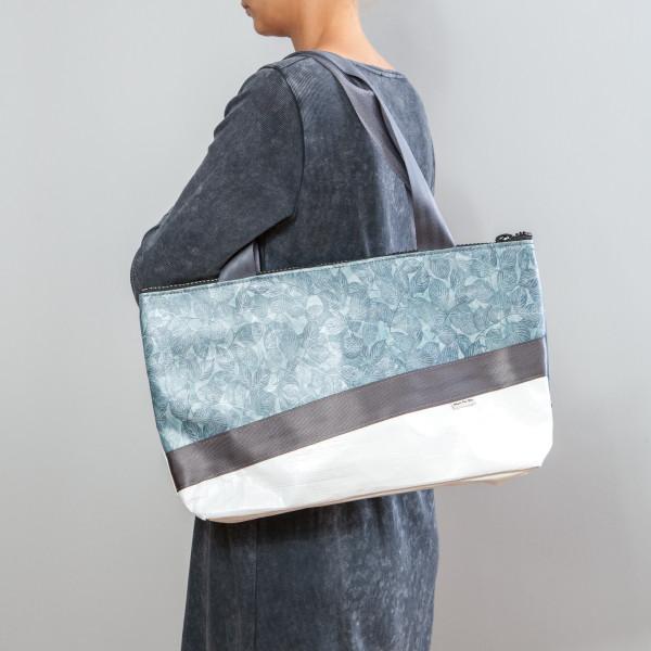 Tasche Chamäleon Blätter / blau