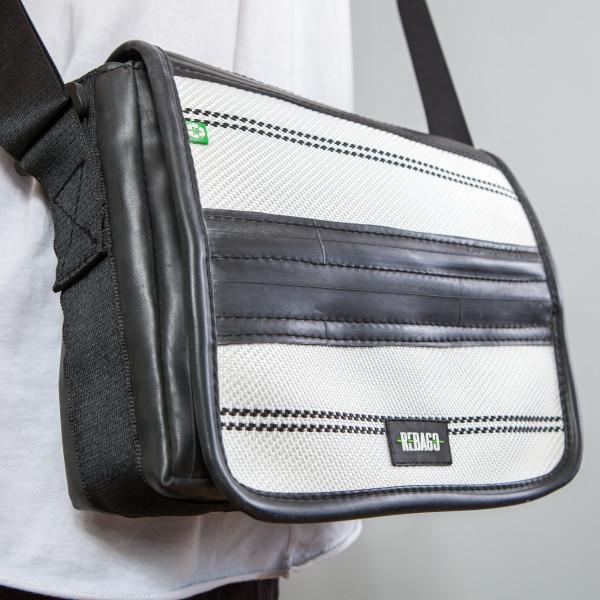 Tasche Movido schwarz/weiß
