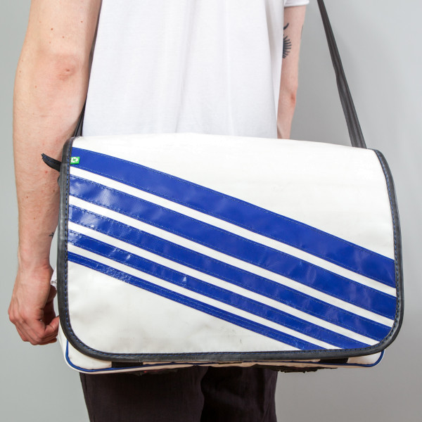 Tasche Estudio Plus blau/weiß