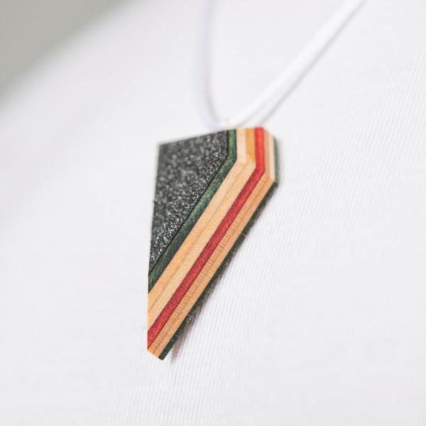 Skateboard Kette Triangle grün/rot